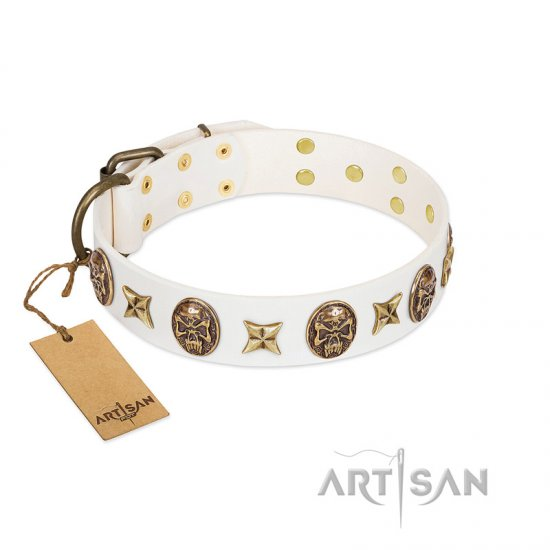 """Fads and Fancies"" FDT Artisan White Leather Bulldog Collar with Stars and Skulls"
