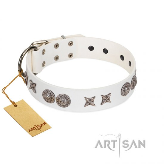 """Seventh Heavens"" FDT Artisan White Leather Bulldog Collar with Chrome-plated Stars and Engraved Brooches"