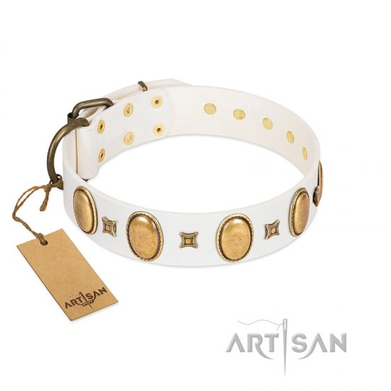 """Chichi Pearl"" Designer Handmade FDT Artisan White Leather Bulldog Collar with Ovals and Studs"