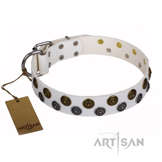 """Snowflake"" FDT Artisan White Leather Bulldog Collar with Two Rows of Circles"