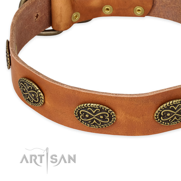 Easy to adjust full grain leather collar for your stylish four-legged friend
