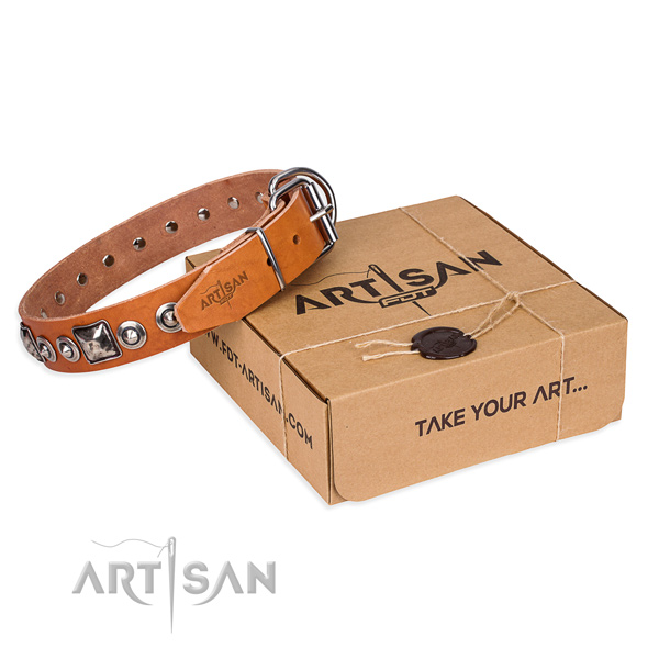 Full grain leather dog collar made of high quality material with reliable D-ring