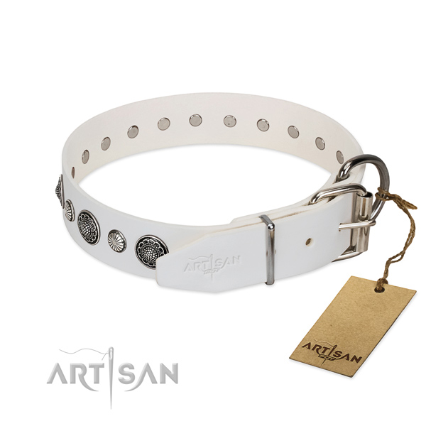 Best quality genuine leather dog collar with rust-proof hardware