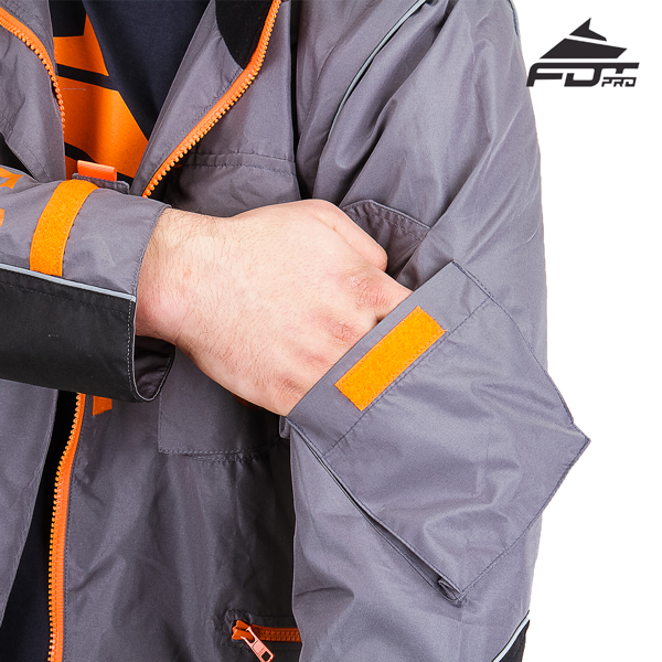 Professional Design Dog Tracking Jacket with Reliable Sleeve Pocket