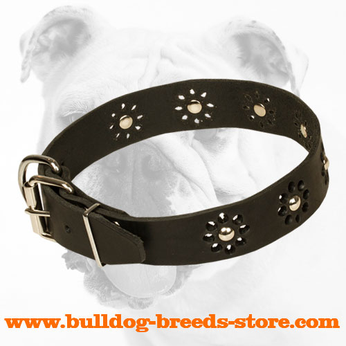 Easy Adjustable Leather Bulldog Collar with a strong hardware